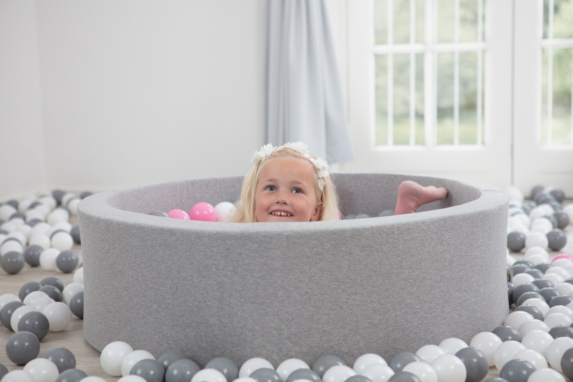 How many balls do you need for the ball pit?