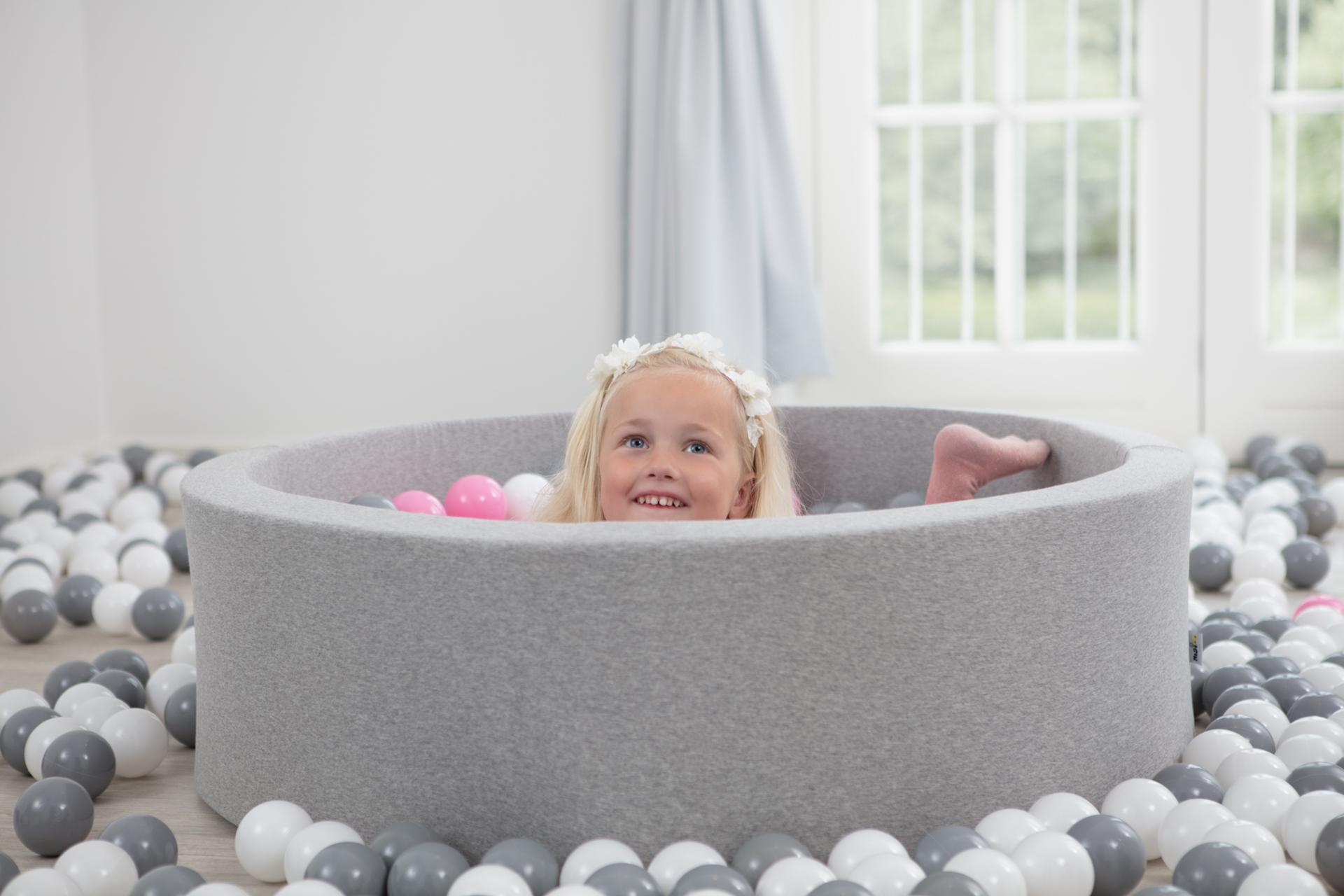 Ball Pool Velvet – Indigo